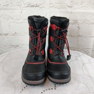 Totes red and black kids waterproof resistant boot